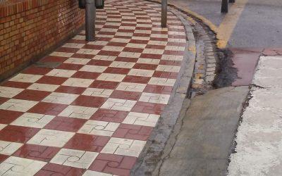 Limpiando las calles de Albolote